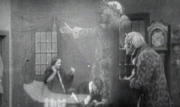 A SURPLUS POPULATION OF SCROOGES? – ZekeFilm