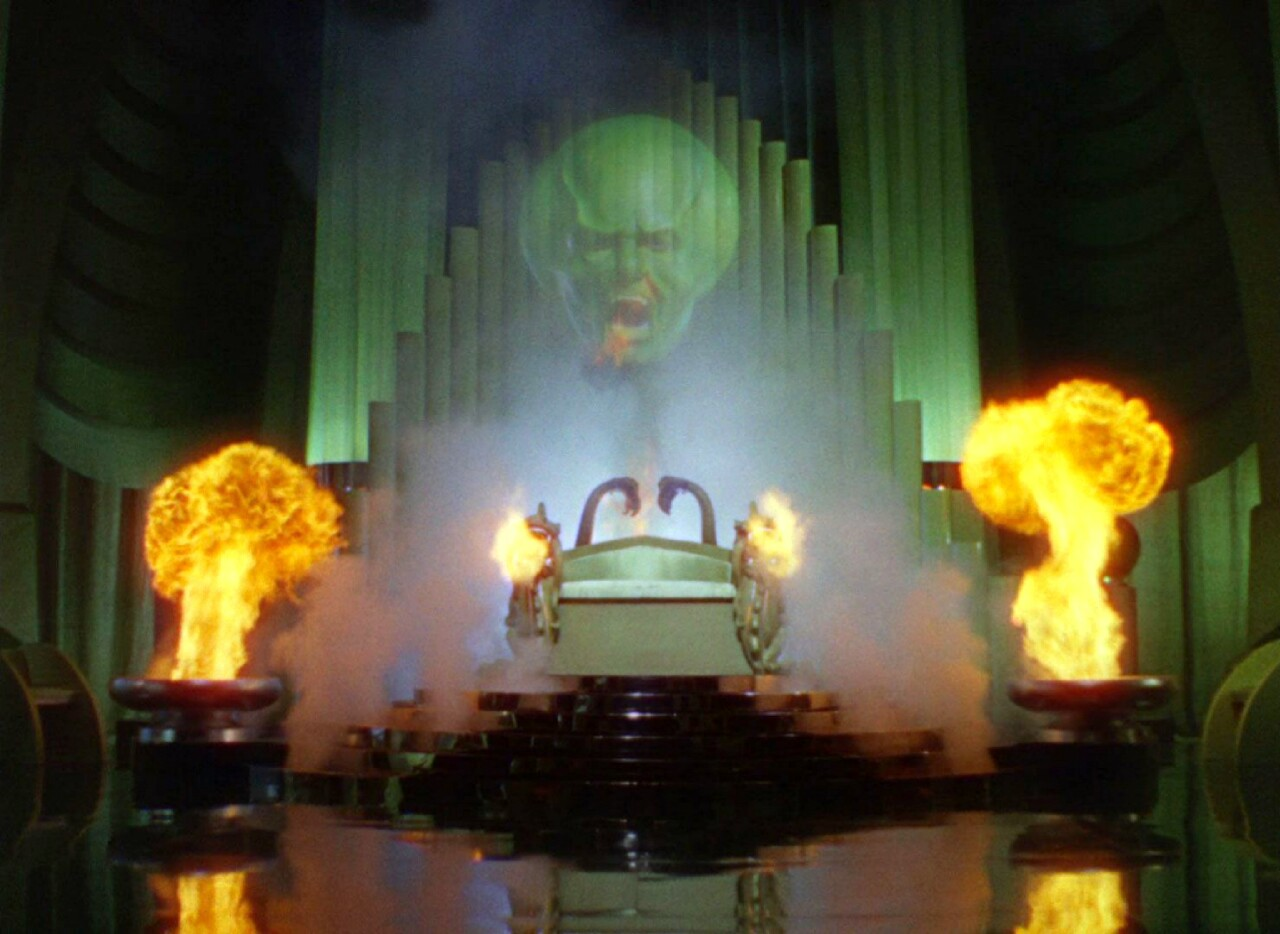 symbolism in the wizard of oz Symbolism in the wizard of oz posted on february 19, 2016 | 3 comments some christian believers who may only look at the surface of this movie have suggested that it is occult-leaning and should be avoided.