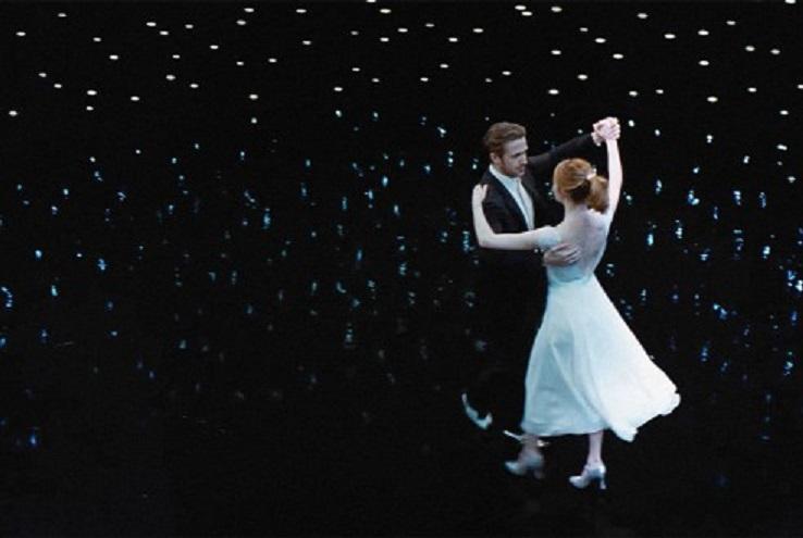 Ryan Gosling and Emma Stone in La La Land (2016)