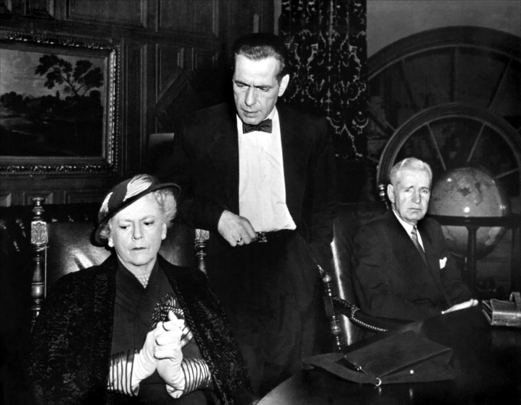 Ethel Barrymore gets an earful from Humphrey Bogart in DEADLINE- U.S.A.