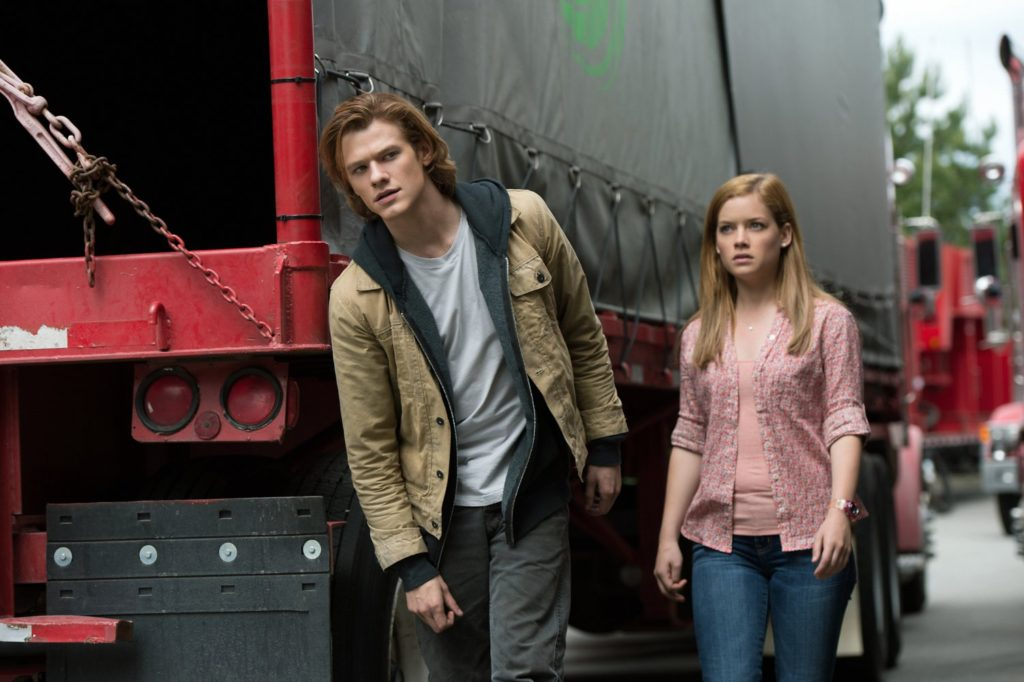 Lucas Till and Jane Levy in MONSTER TRUCKS.