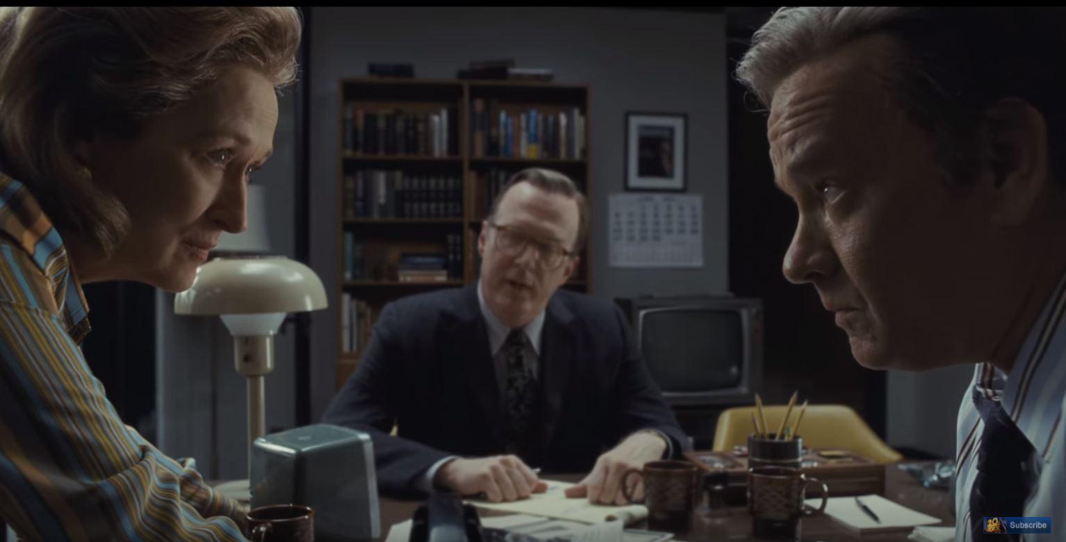 Meryl Streep and Tom Hanks in THE POST (2017)