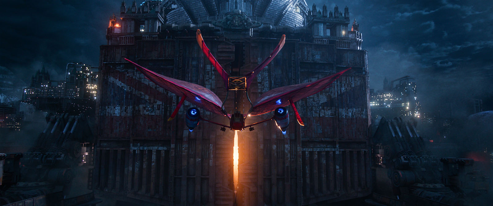 A steampunk airplane in MORTAL ENGINES (2018)