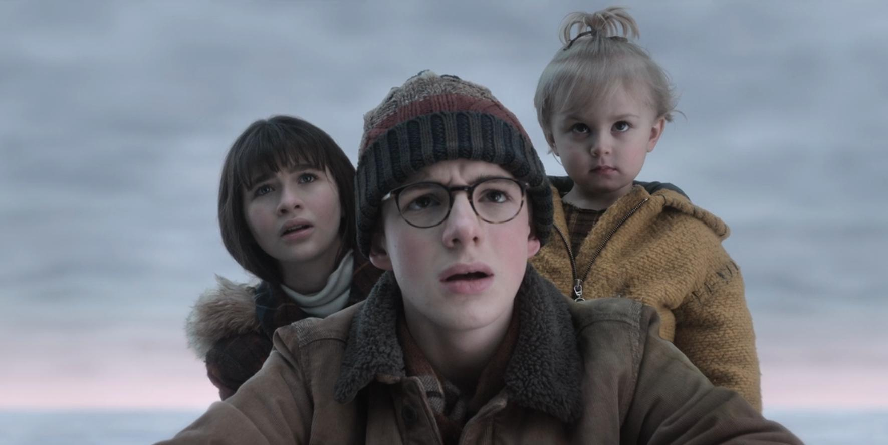 Malina Weissman, Louis Hynes, and Presley Smith as Violet, Klaus, and Sunny Baudelaire in A SERIES OF UNFORTUNATE EVENTS (2018)