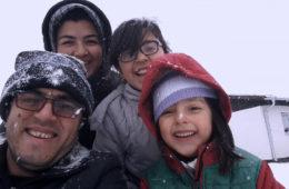 The family in MIDNIGHT TRAVELER (2019).