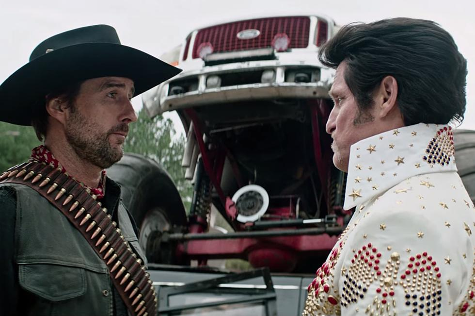 Luke Wilson and Woody Harrelson face off in ZOMBIELAND: DOUBLE TAP (2019)